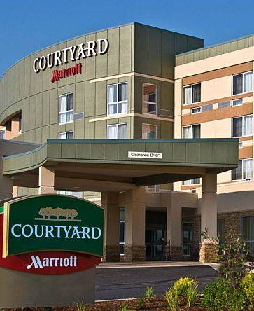 Courtyard Kansas City at Briarcliff